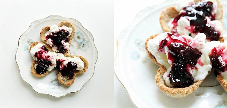 Vår duktiga matbloggare 100kitchenstories har radat upp ett gäng desserter perfekta för alla hjärtans dag. Vi fastnade för dessa urgulliga hjärtan med cheescakekräm.