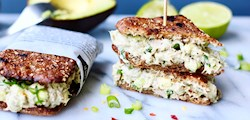Krämiga tunacado-mackor