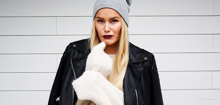 Hun er 21 år gammel, utdannet journalist og blogger for det meste om mote og skjønnhet. Ukens blogg på Nouw er Sandra Gjeitnes.