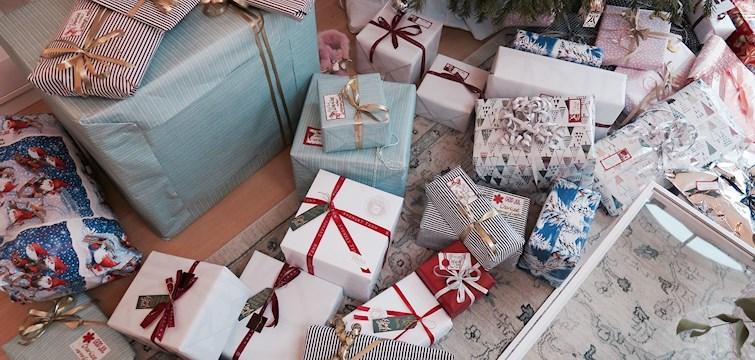 Svårt att veta vad du ska köpa för gåva till pappa i jul? Våra bloggare ger tips, via Metapic, på vad du kan lägga under julgranen i år!
