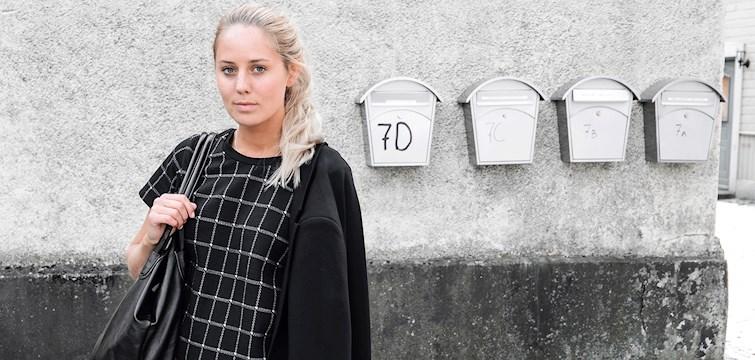 Hon är en 20 åring från Sölvesborg som älskar mode och långa frukostar, är livrädd för katter och hon anser att det är bilderna som gör en bra blogg. Veckans blogg här på Nouw är Kajsa Svensson.