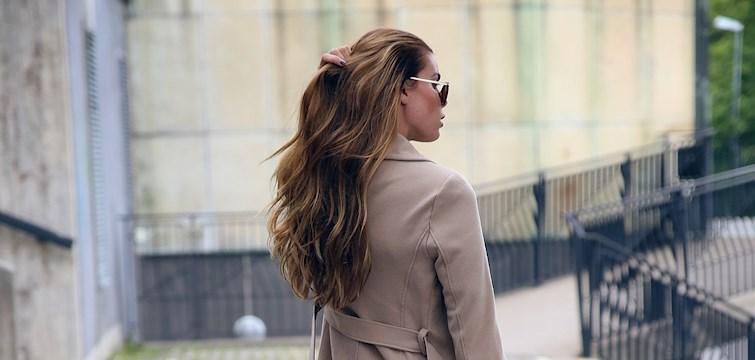 Med hösten här och vintern på ingång är det dags att ge håret lite extra omsorg. Vi delar med oss av våra bästa tips och tricks för att ta hand om håret under de kyligare månaderna!