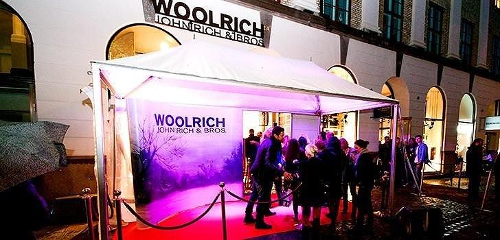 Under torsdagskvällen var det invigning av Woolrich Store i Palladiumhuset i Göteborg. Nattstad var på plats