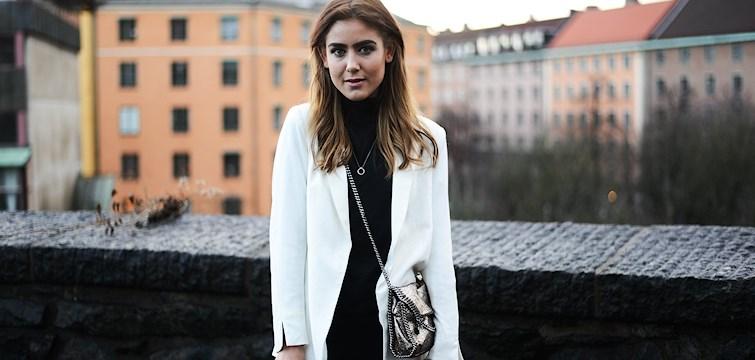 Veckans blogg är skrivglada och modeintresserade livsstilsbloggaren Vendela Dan. I hennes blogg delar hon med sig av allt ifrån känslosammare stunder till inredningsdetaljer. Häng med och läs mer!