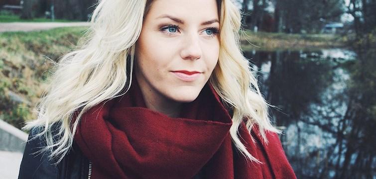 Veckans blogg är mystjejen Sarah Ankarstrand. Hon spenderar helst en lördagskväll med pojkvännen, drömmer om ett jobb inom media och i denna intervju erkänner hon att magdans är något hon kan. Kika in och läs mer!