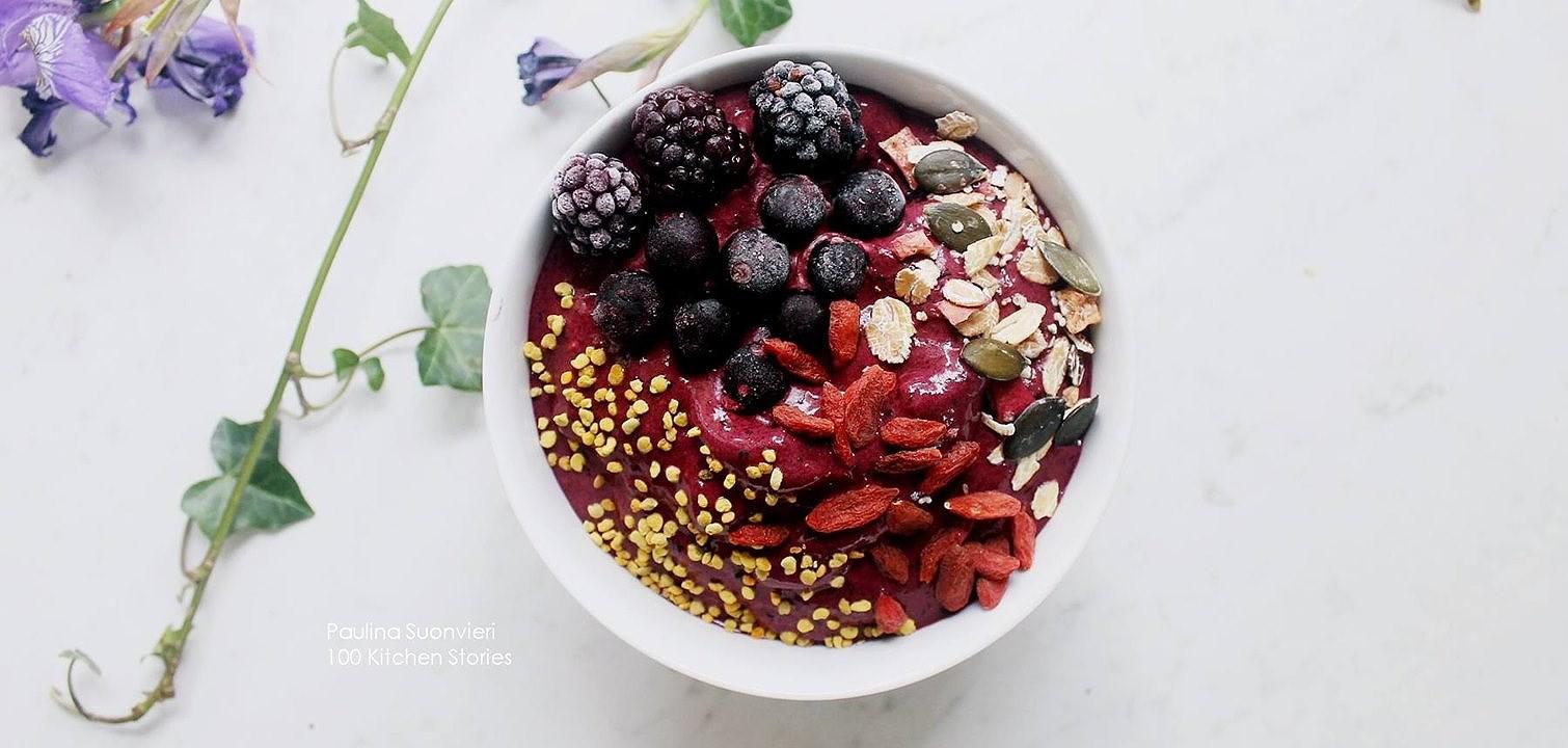 Recept: Blueberry blackberry cookie dough fluff bowl