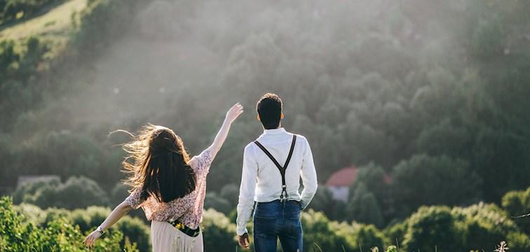 En krönika om att bli kär i ung ålder och hur samhället ser på det. Varför skulle inte vår kärlek vara på riktigt, bara för att vi är unga?