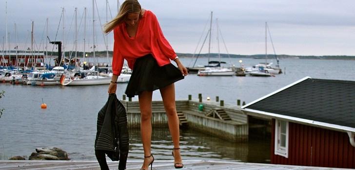 Hon älskar dans och shopping - och förebilden inom bloggvärlden heter Fanny Lyckman. Tjejen bakom Veckans blogg här på Nattstad är 20-åriga Emelie Samuelsson.