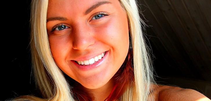 Hon älskar choklad, har Blondinbella som förebild och tycker om att skriva och argumentera. Tjejen bakom Veckans blogg här på Nattstad är Filippa Jensen från Lindome.