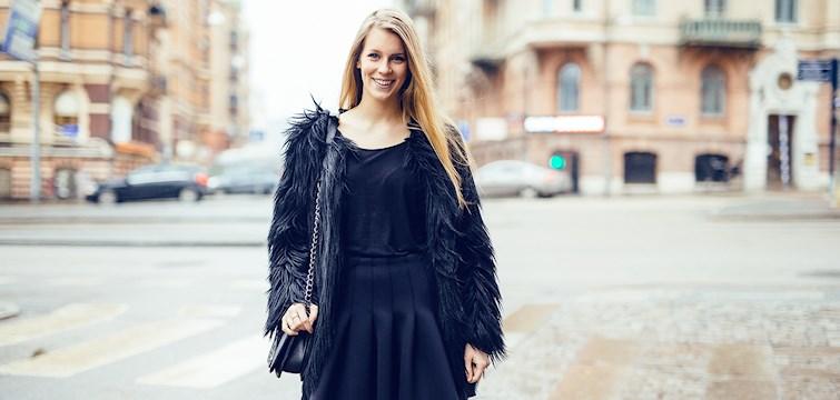 """Hon har över 131 000 följare på instagram, är besatt av mode och älskar att kolla filmer. Veckans blogg här på Nouw är Astrid """"Fashiondreamzz""""."""