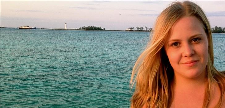 Hon tycker om att spana in inspirerande människor på stan och drömmer om att flytta till New York eller Washington. Tjejen bakom Veckans blogg här på Nattstad är 20-åriga Hanna Bengtsson.
