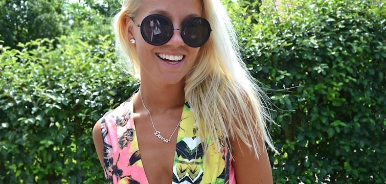 Hon är en sprallig, pratglad och energisk tjej. Hennes blogg innehåller allt ifrån härliga bilder till träningstips. Veckans blogg här på Nouw är Andrea Clausen.