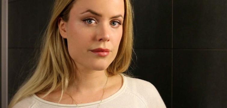 Steg för steg: Fixa chefredaktörens naturliga ögonbryn. I samarbete med L'Oréal Paris.