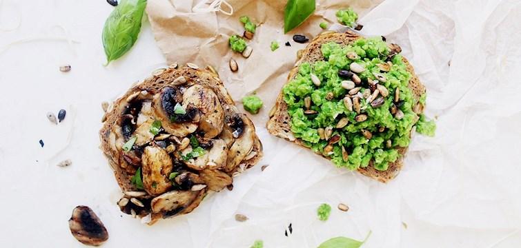 Känner du dig oinspirerad till vad du ska äta till lunch? Varför inte slänga ihop två fantastiska mackor att dela med någon du tycker om. Kika in här och ta del av 100kitckenstories recept!