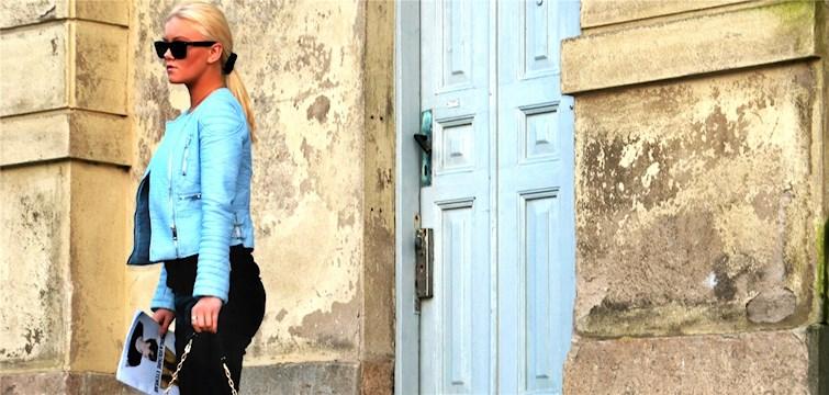 Hon bloggar om bland annat träning, resor och mode - men inte om hur man bygger en båt eller om hur man bakar småkakor. Tjejen bakom Veckans blogg här på Nattstad är 17-åriga Tyra-Stina Wilhelmsson.