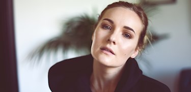 Artisten Josefine startar YouTube-kanal