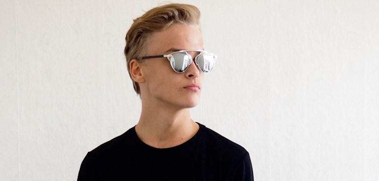 Denne uges blogger er 18-årige Daniel Grabow. Bloggens base er emnet mode, men han inddrager også sine læsere i livets op -og nedture. Her har du mulighed for at lære Daniel bedre at kende, og bl.a. høre hvilke andre bloggere, han bliver inspireret af!