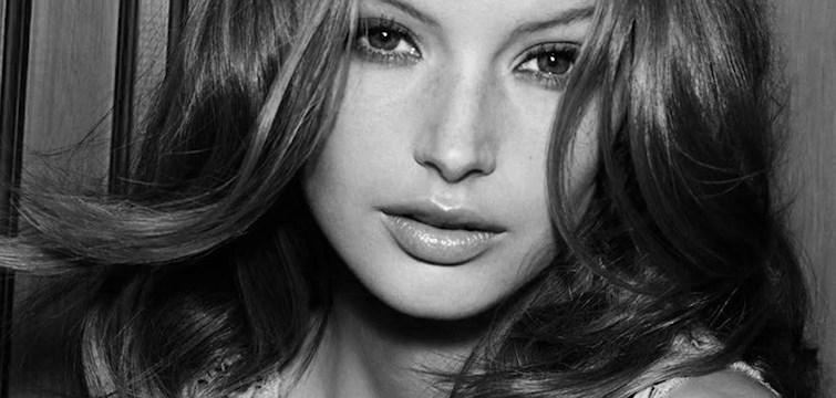 I dagens avsnitt av O-podden träffar Jennifer supermodellen Mona Johannesson. Hur har modellvärlden förändrats och varför äter vissa modeller bomull? Lyssna på avsnittet så vet ni!