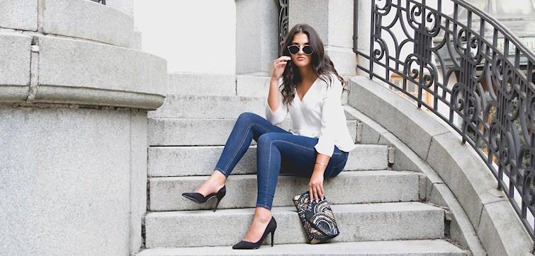 Denna veckan får vi följa Dilan Faraj - en stilsäker tjej som gärna står framför kameran och som drömmer om att blogga på heltid. Hon delar med sig av tips på hur du ska tänka när du poserar för outfit-bilder, om sina stora planer för framtiden och hur hon finner harmoni under helgerna.