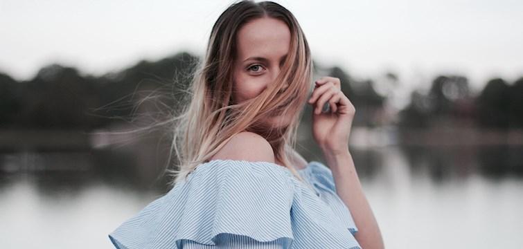 Veckans blogg är superdrivna Lina Sköld som älskar att fotografera. Hon drömmer om en köpa Canon eos 5D mark III och hittar alltid en massa inspiration hos duktiga bloggare. Häng med och lär mer!