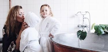 Johanna har hittat skonsam hudvård till hela familjen