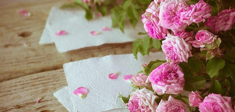 En krönika om olycklig kärlek. Den berättar om hur fruktansvärt ont det gör att vara kär i någon som inte längre är kär tillbaks.