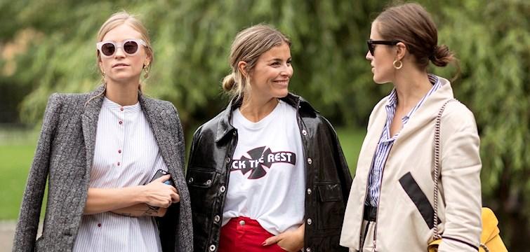 Stockholm Fashion Week är i full gång och inspirationen och kreativiteten flödar hos modefolket. Kika in här och spana in hur folk klädde sig under modeveckans första dag.