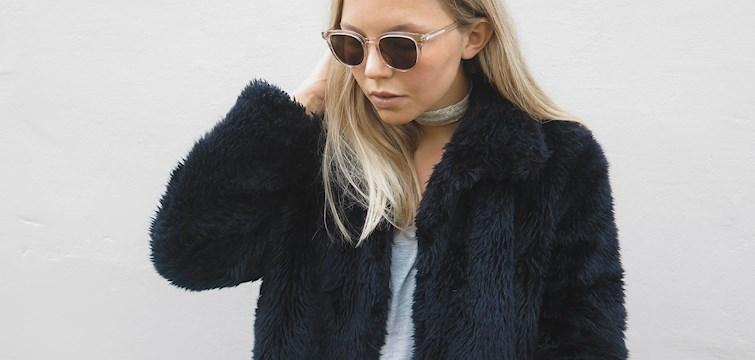 Denna veckans blogg är Tess Björkman - en tjej som gillar stilrent mode, fokus på accessoarer och som gärna kickar igång veckan med kaffe, planering & promenad. Tess utstrålar Scandinavian chic och i hennes blogg finner du mode- och skönhetsinspiration i svala färgskalor!