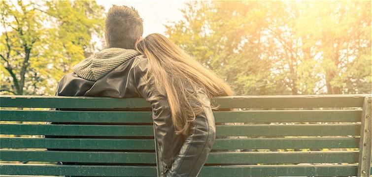 En krönika om att om trasig kärlek. Om när man är för rädd för att älska, älska på riktigt.