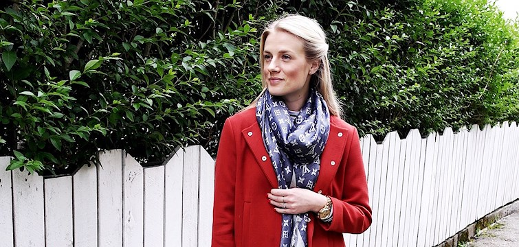 Hun er en jente på 24 år som elsker designerklær og blogger om alt mellom mote og trening. Ukens blogg hær på Nouw er Synne Jørgensen Livang.