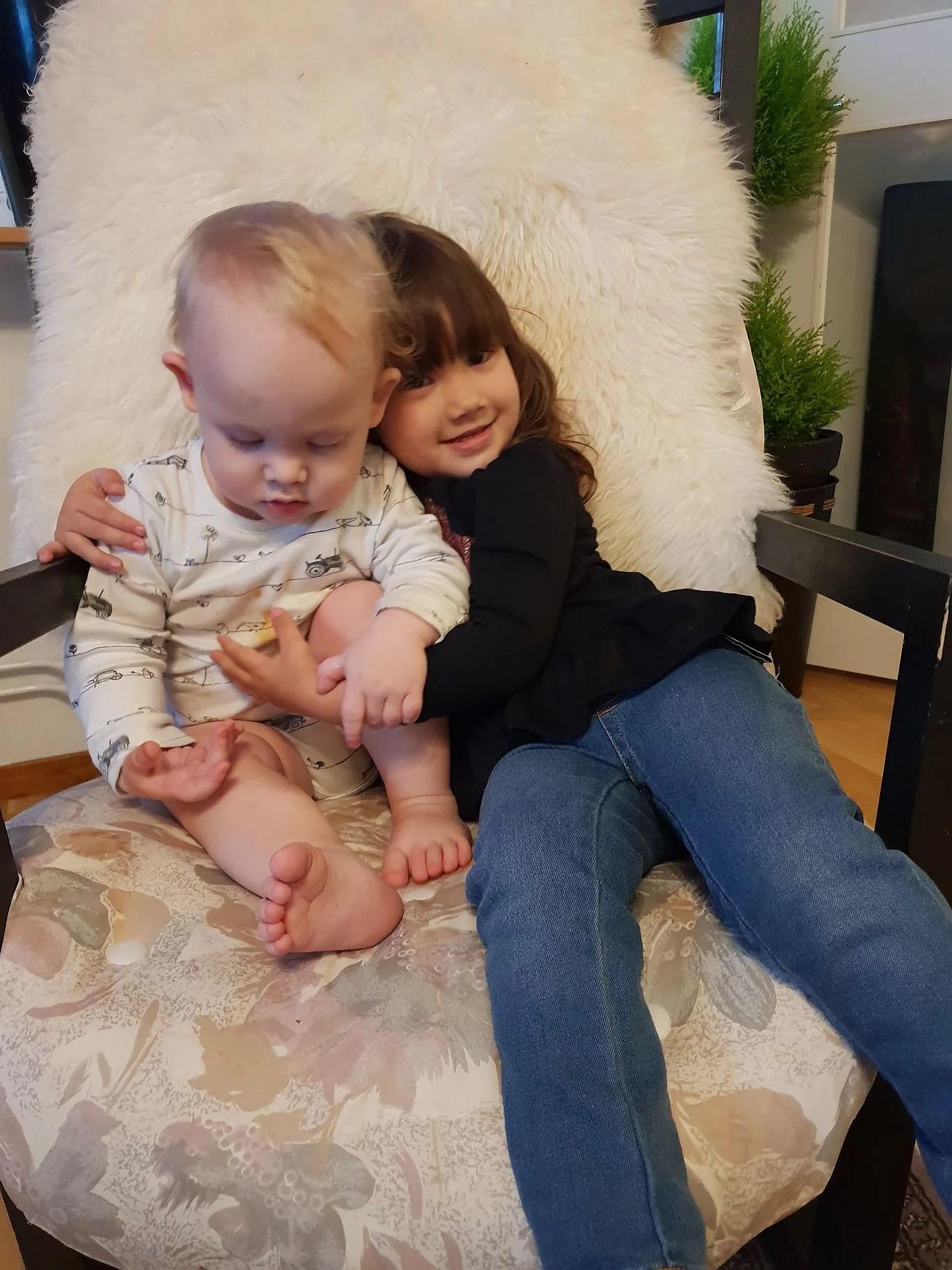 Heldag med två barn