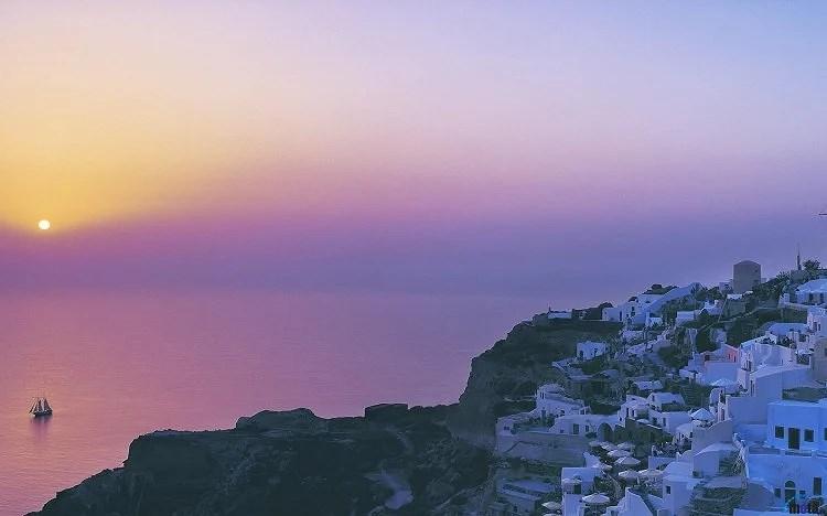 sunset-in-santorini-247333