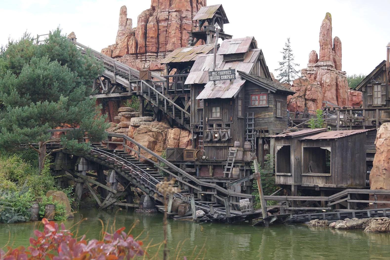 Attraktioner på Disneyland Paris: Big Thunder Mountain Railroad