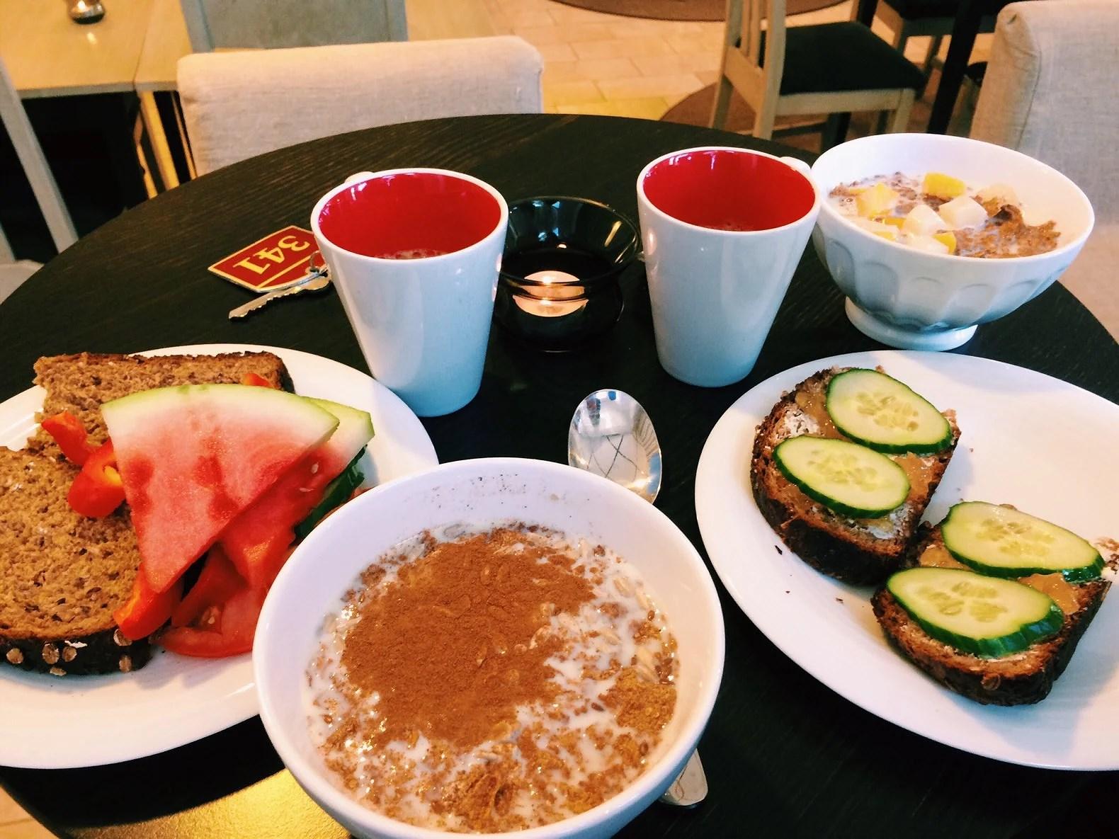 Vera och Vegas hotellfrukost i Västerås