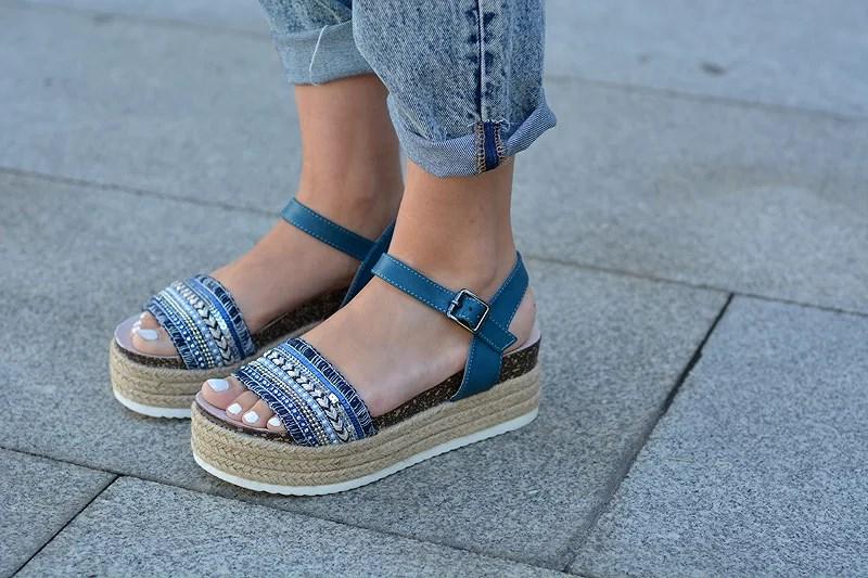 zara_ootd_hym_lookbook_carolina boix_mom jeans_07