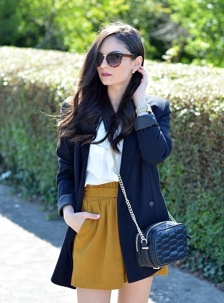 Zara_ootd_outfit_mostaza_como_combinar_blazer_heels_03