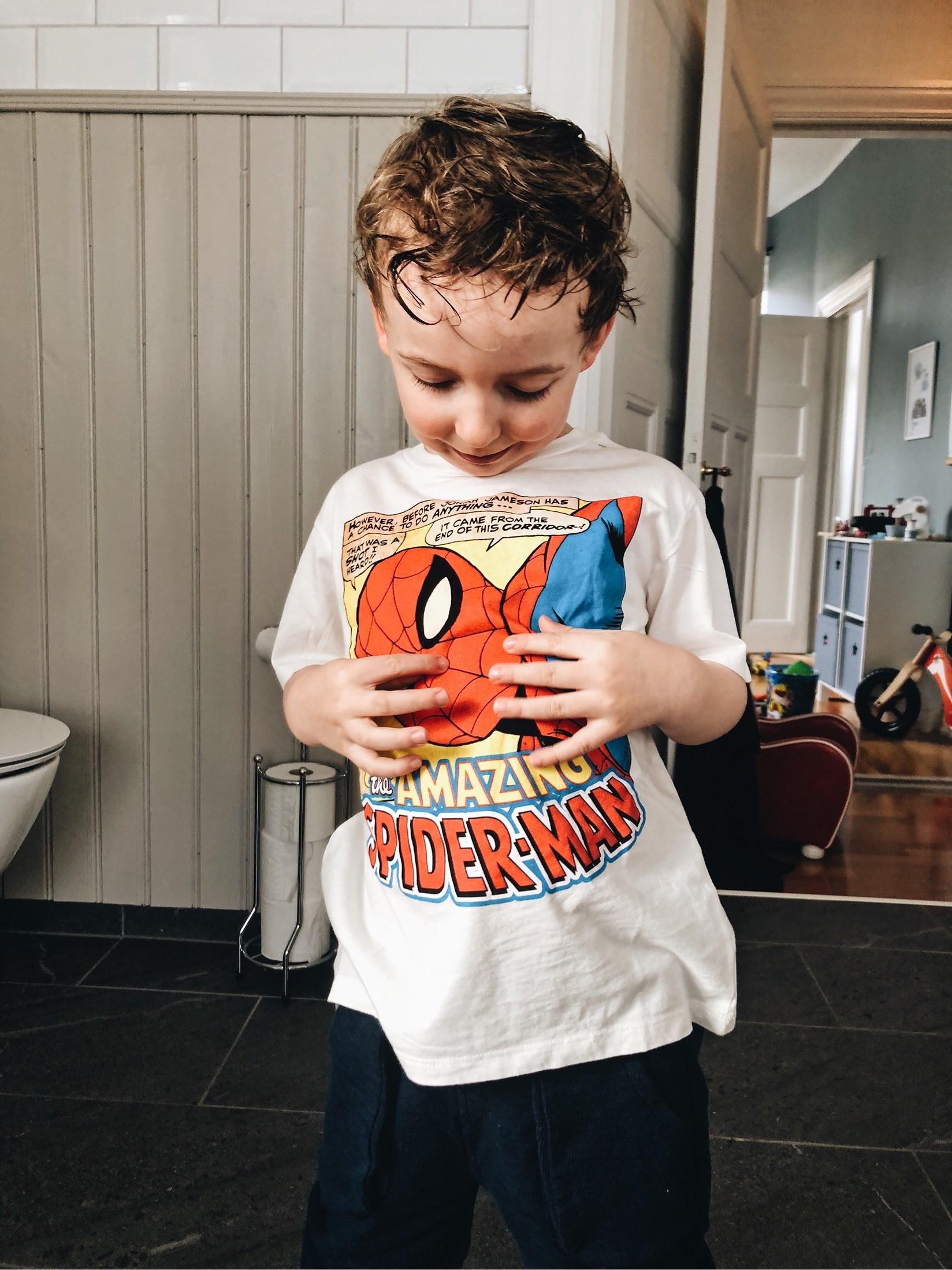 Extrem påfyllning av barnens garderober