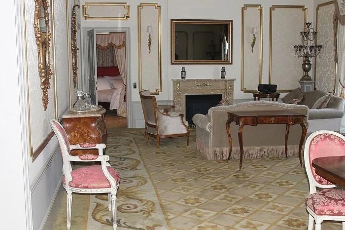Suite principal en el Hotel Palace