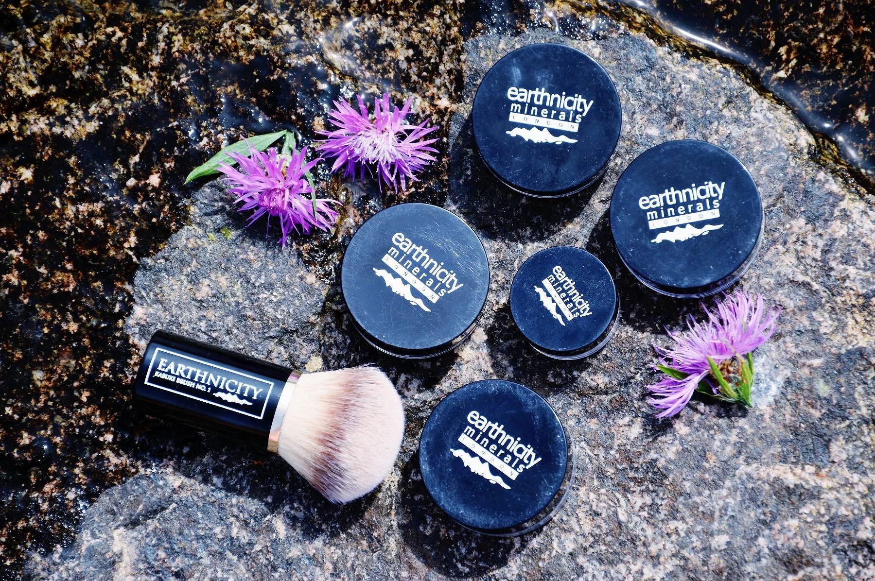 Makijaż mineralny - earthnicity minerals