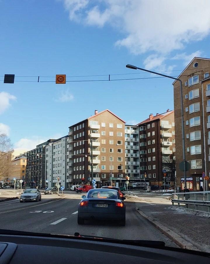 ENSIMMÄISIÄ KEVÄÄN MERKKEJÄ - VIIKKO 11