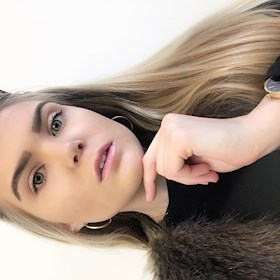 AnnaMathilda