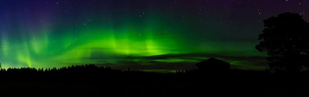 Fota Norrsken och Malin mot Stjärnhimmlen