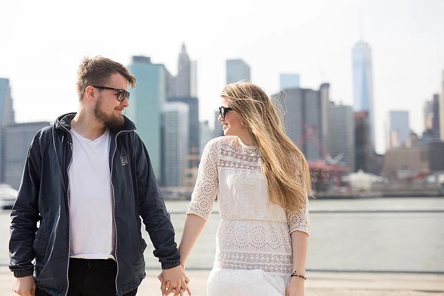 krist.in new york brooklyn bridge skyline