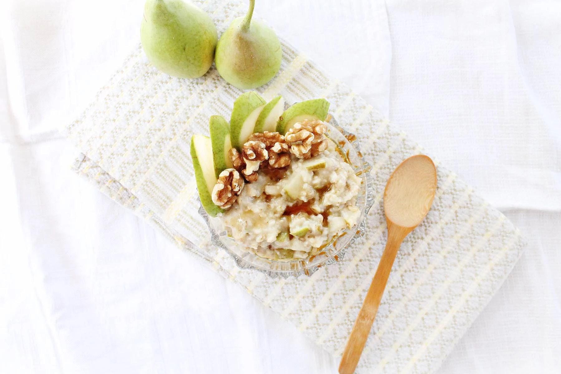 Pärongröt med valnötter och honung