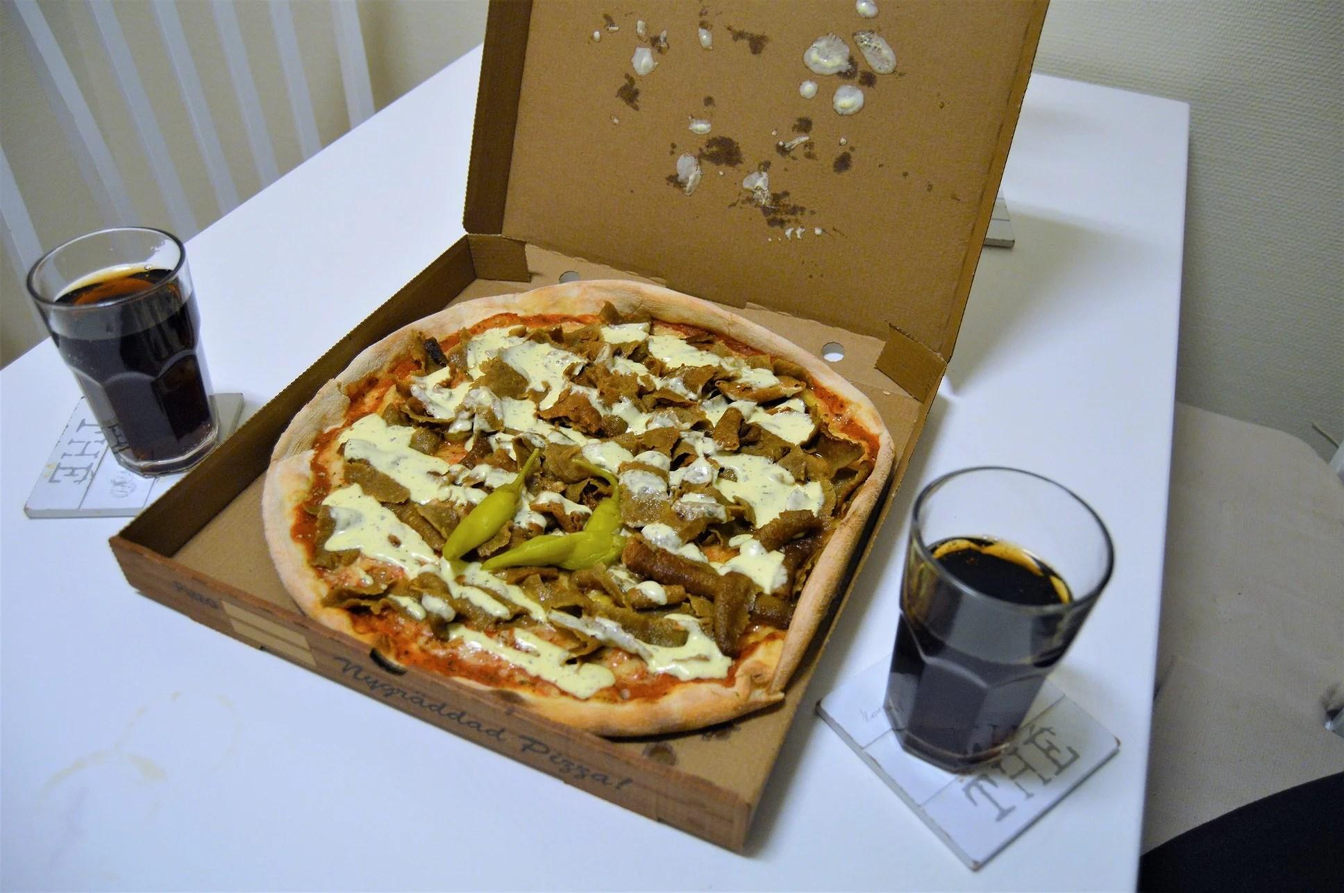 Pizzamys med bästa vän