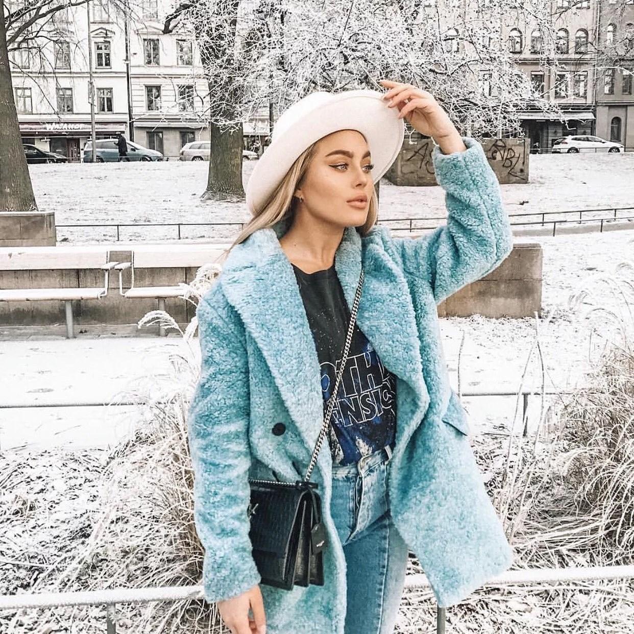 Instagram must follow- Angelica Blick