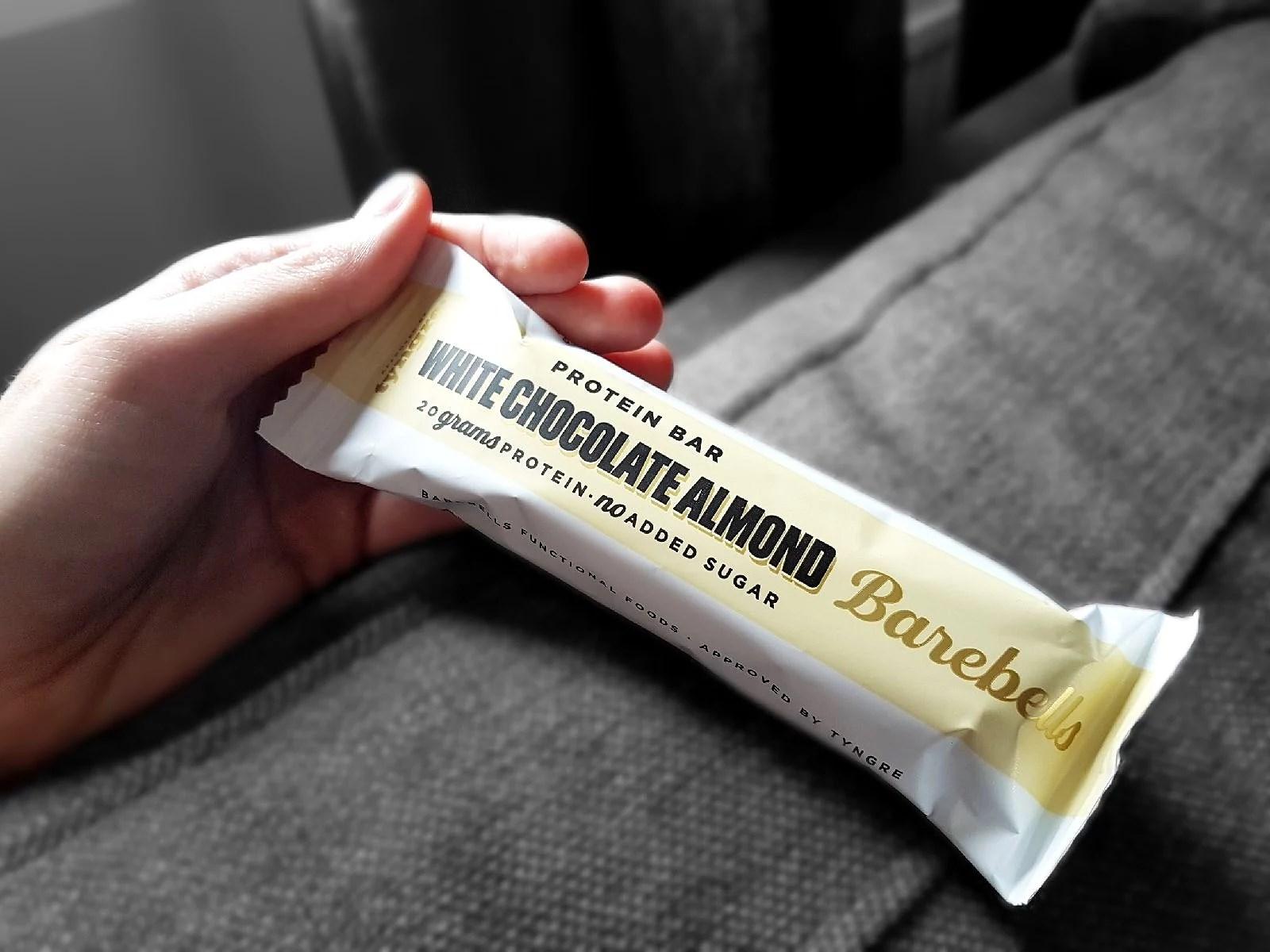White chocolate Almond