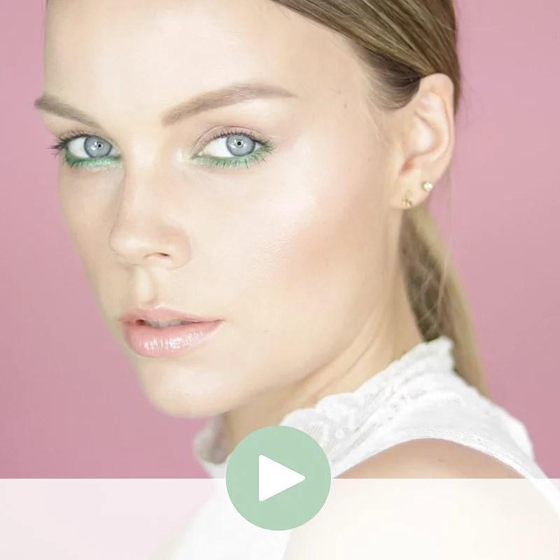 Cool Green Eyelook