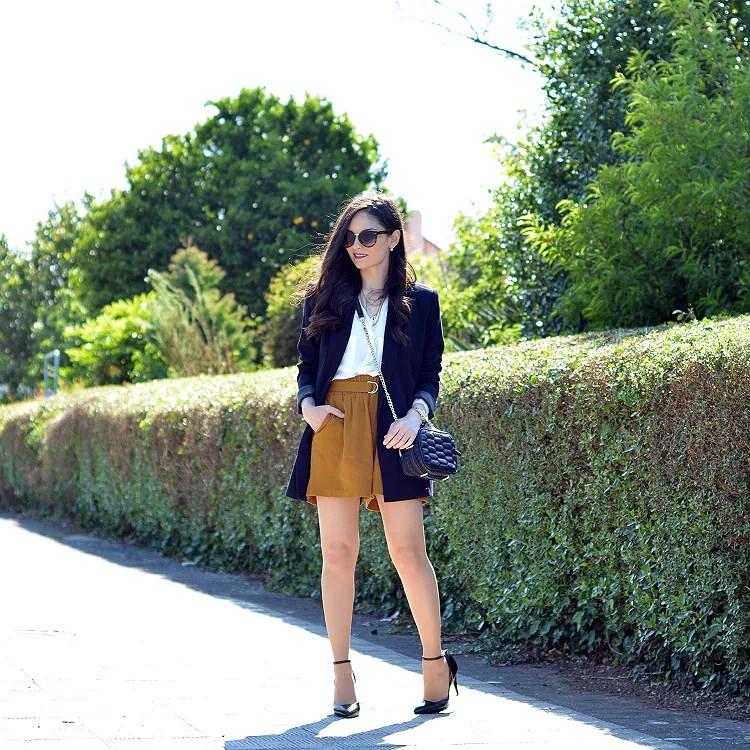 Zara_ootd_outfit_mostaza_como_combinar_blazer_heels_04