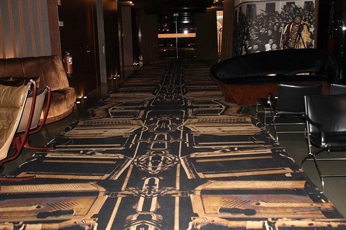 Alfombra de entrada en el Hotel Teatro